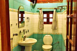 International Travellers' Hostel, Hostels  Varanasi - big - 26