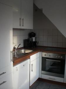 Ferienwohnung-Waabs-Ostsee-Damp-Eckernfoerde-Kappeln, Apartmány  Waabs - big - 6