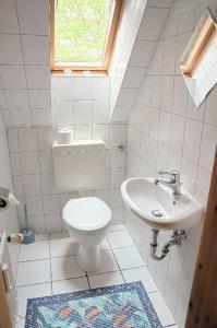 Ferienwohnung-Waabs-Ostsee-Damp-Eckernfoerde-Kappeln, Apartmány  Waabs - big - 3