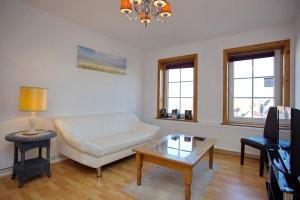 Ferienwohnung-mit-Weitblick, Apartmanok  Lübeck - big - 11