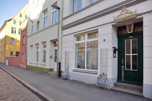 Ferienwohnung-mit-Weitblick, Apartmanok  Lübeck - big - 18