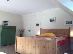 Huus-Windroos-Wohnung-2, Apartmány  Ditzum - big - 6
