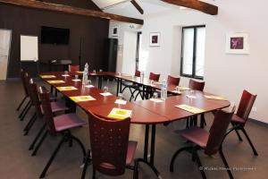 Logis Hôtel.com Restaurant l'Ardoise, Szállodák  Bédée - big - 42