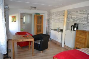 Nordsee-App-1, Apartmány  Tönning - big - 1