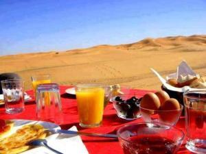 Camel Bivouac Merzouga, Campeggi di lusso  Merzouga - big - 76