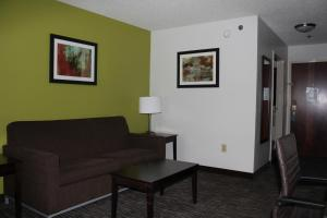 Best Western Magnolia Inn and Suites, Hotely  Ladson - big - 11