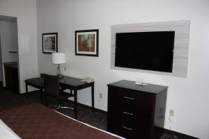 Best Western Magnolia Inn and Suites, Hotely  Ladson - big - 19
