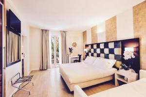 Logos Hotel - AbcAlberghi.com