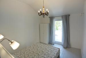 Apartment Sofia, Apartments  Banjole - big - 37