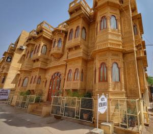 Hotel Royal Haveli, Hotely  Jaisalmer - big - 44