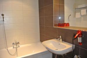 Hotel Restaurant Jura, Inns  Kerzers - big - 16
