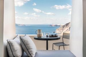 Porto Fira Suites (Φηρά)