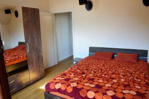 Q Apartments, Apartments  Braşov - big - 14