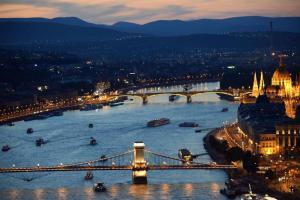 OnRiver Hotels - MS Maribelle, Boats  Budapest - big - 87