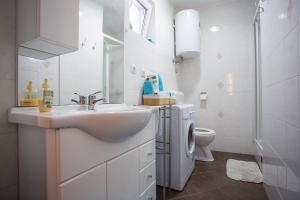 Apartment Pipo, Апартаменты  Риека - big - 25