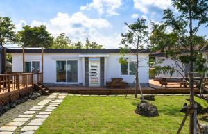 Goseong 2119, Holiday homes  Seogwipo - big - 25