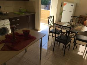 Apartment Ag. Spiridonos 5, Апартаменты  Episkopi Lemesou - big - 62