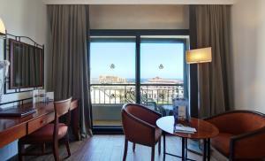 Golden Tulip Vivaldi Hotel, Hotely  St Julian's - big - 11
