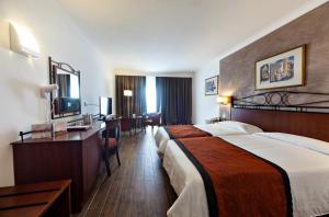 Golden Tulip Vivaldi Hotel, Hotely  St Julian's - big - 13