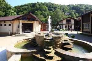 Курортный отель Ягода Малина
