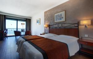 Golden Tulip Vivaldi Hotel, Hotely  St Julian's - big - 17