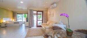 Classic Double Room with Hot Tub and Sea View