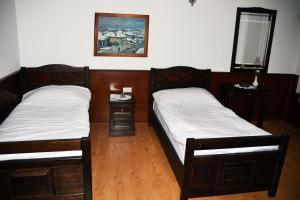 Hotel Castle Park, Отели  Берат - big - 20
