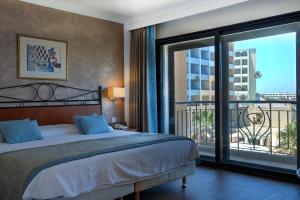 Golden Tulip Vivaldi Hotel, Hotely  St Julian's - big - 23