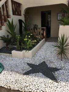 Stardust Beach Hotel, Hotely  Lian - big - 24
