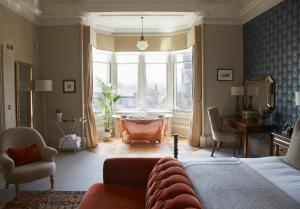 Dunstane Suite
