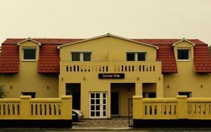 Corner Apartman 1
