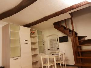 Beautiful loft in portovenere, Ferienwohnungen  Portovenere - big - 21