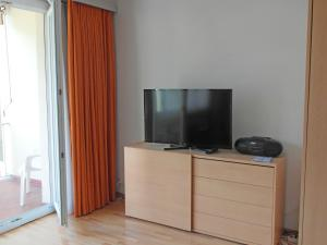 Apartment Lido (Utoring).20, Apartments  Locarno - big - 19