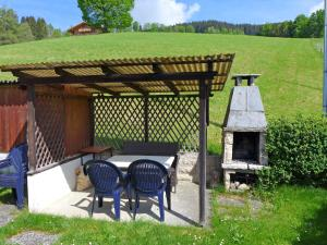 Chalet Papillon, Holiday homes  Schwanden - big - 24