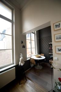 Apartment Rue Royale, Apartmány  Lille - big - 15