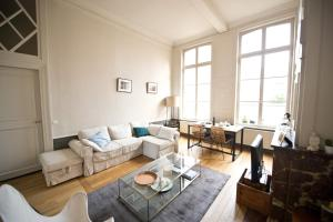 Apartment Rue Royale, Apartmány  Lille - big - 10