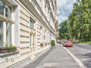 Hotel Salve, Апарт-отели  Карловы Вары - big - 32