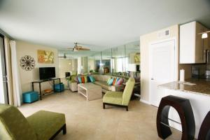 AquaVista East 305 Condo, Apartmanok  Panama City Beach - big - 11