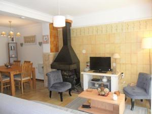 Holiday Home Isis, Дома для отпуска  Ла-Эскала - big - 11