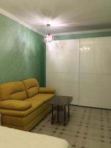 Apartment at Shmidta 6, Apartmány  Gelendzhik - big - 11