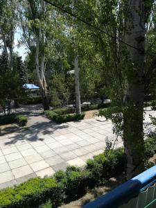 Apartment - Center, Apartmanok  Szkadovszk - big - 4