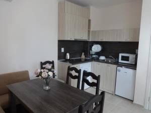 Pansion Capuccino Apartments, Apartmanok  Napospart - big - 9