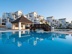 Apartment in Estepona, frontbeach apartment, Appartamenti  Estepona - big - 2