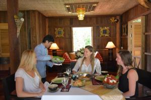 HanumanAlaya Colonial House, Hotely  Siem Reap - big - 76