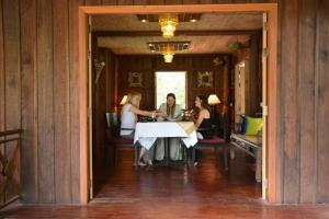 HanumanAlaya Colonial House, Hotels  Siem Reap - big - 77