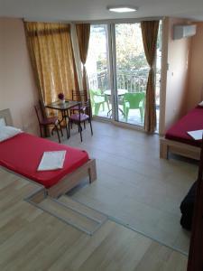 Apartments Bulatović, Апартаменты  Бар - big - 133