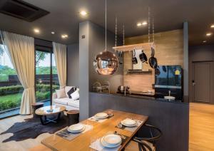 Saturdays Exclusive Apartment By Rents In Phuket, Ferienwohnungen  Rawai Beach - big - 2
