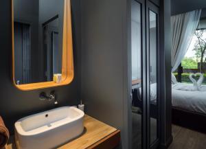 Saturdays Exclusive Apartment By Rents In Phuket, Ferienwohnungen  Rawai Beach - big - 11