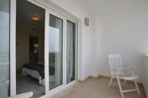 Beachfront townhouse Costa del Sol, Nyaralók  Estepona - big - 13