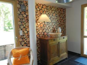 Holiday Home Le Bois Peschard.5, Prázdninové domy  Ézel - big - 13